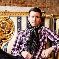 Peter liefert bei Hoamspü den perfekten Rhythmus am Schlagzeug und ist  auch Chef der Hoamspü-Rhythmuspartie.